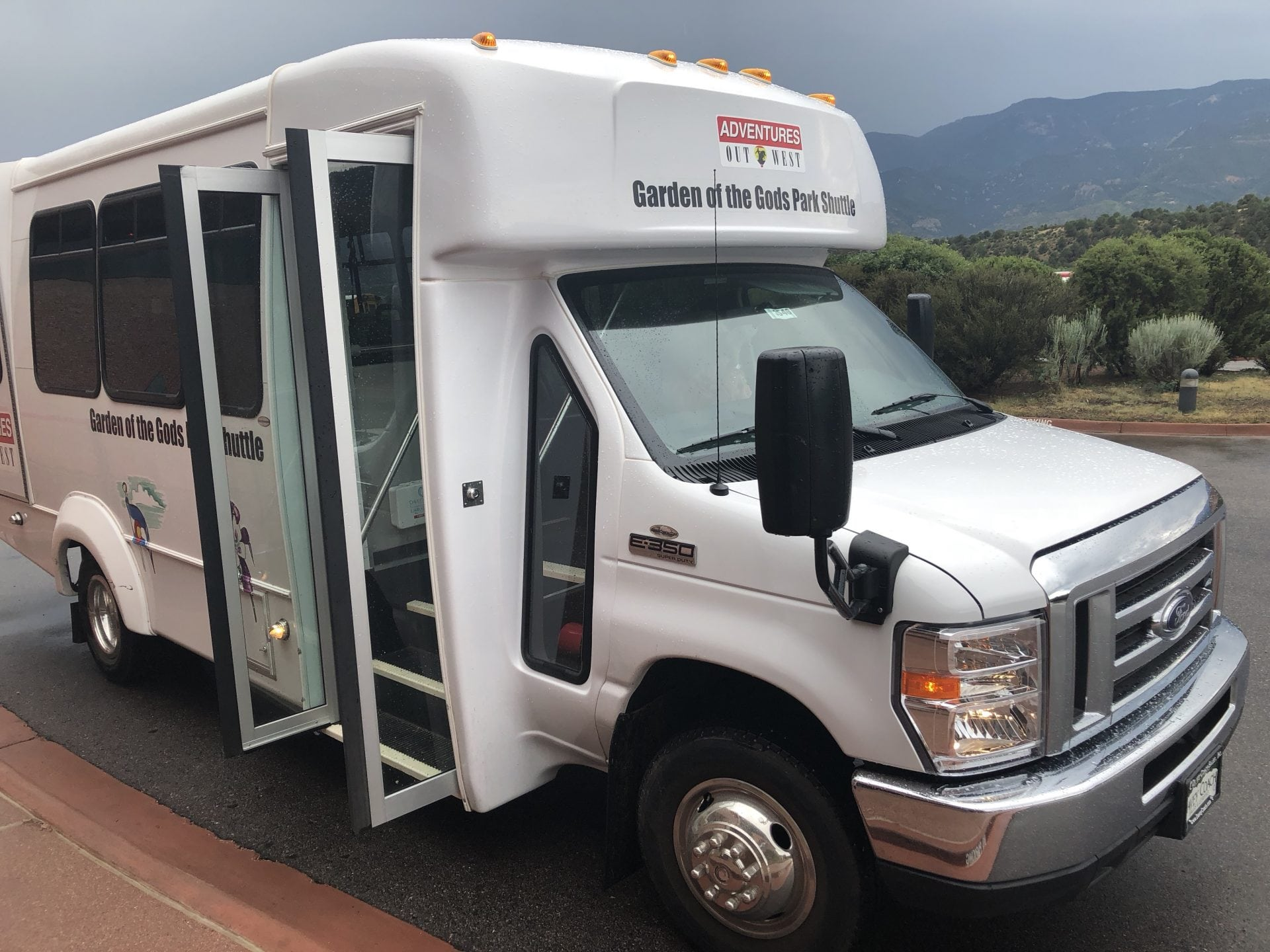 New Garden of the Gods shuttle makes visiting the park easier